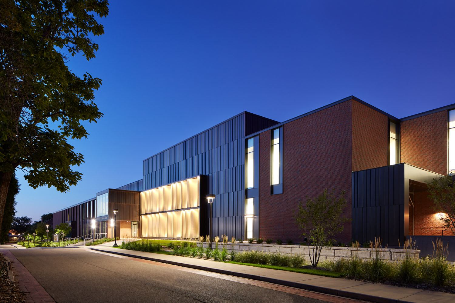 Macalester College, Janet Wallace Fine Arts Center Theater and Dance exterior